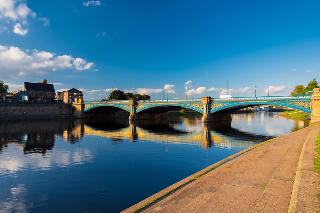 The River Trent Embankment Nottinghamshire Top UK Fishing Destinations